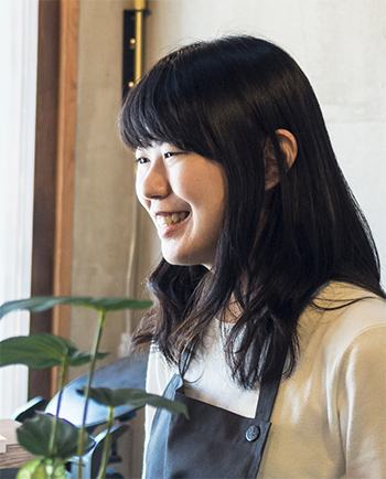 山本 佳奈 Kana Yamamoto